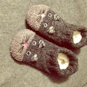 Shoes - Kitty cat slipper (non skid soles) so soft & warm!